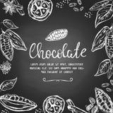 Σοκολάτα templatre με συρμένους τους χέρι λοβούς κακάου και άλλα στοιχεία ελεύθερη απεικόνιση δικαιώματος