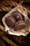 Σοκολάτα  macaroons στοκ εικόνες με δικαίωμα ελεύθερης χρήσης