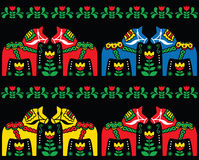 Σουηδικό Dala άνευ ραφής σχέδιο τέχνης αλόγων λαϊκό στο Μαύρο ελεύθερη απεικόνιση δικαιώματος