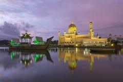 Σουλτάνος Omar Ali Saifuddien Mosque στο Μπρουνέι Στοκ φωτογραφία με δικαίωμα ελεύθερης χρήσης