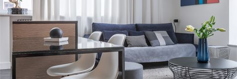 Σοφίτα με το ανοικτό καθιστικό στοκ φωτογραφία με δικαίωμα ελεύθερης χρήσης