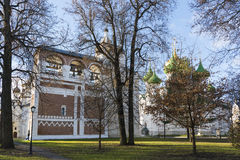 Σούζνταλ, Ρωσία -06 11 2015 Το τετράγωνο μπροστά από το μοναστήρι του ST Euthymius στο Σούζνταλ χτίστηκε 16ος αιώνας Στοκ Εικόνες
