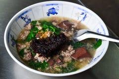 Σούπα & x28 αίματος χοιρινού κρέατος Tom Lerd Moo& x29  Στοκ Εικόνες