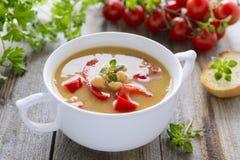 Σούπα από chick-peas και τα λαχανικά Στοκ Φωτογραφίες