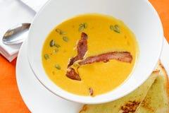 Σούπα κολοκύθας με το μπέϊκον Στοκ Εικόνες
