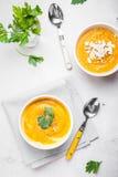 Σούπα κολοκύθας με το υπόβαθρο μαϊντανού Στοκ Εικόνα