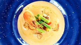 Σούπα κρέμας με τις ουρές αστακών απόθεμα βίντεο