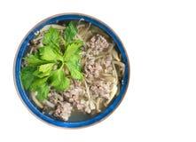 Σούπα μανιταριών με τη σφαίρα pork&ham που απομονώνεται στα άσπρα WI υποβάθρου στοκ φωτογραφία με δικαίωμα ελεύθερης χρήσης