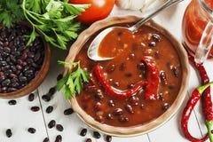 Σούπα με το κόκκινο πιπέρι φασολιών και τσίλι στοκ εικόνες