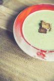 Σούπα μπρόκολου με το ψημένο ψωμί Στοκ φωτογραφίες με δικαίωμα ελεύθερης χρήσης