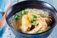Σούπα νουντλς κοτόπουλου Στοκ φωτογραφία με δικαίωμα ελεύθερης χρήσης