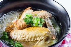 Σούπα νουντλς κοτόπουλου Στοκ Φωτογραφία
