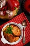 Σούπα σκόρδου με τα αυγά και το ψωμί, κουζίνα ύφους της Ισπανίας Στοκ εικόνα με δικαίωμα ελεύθερης χρήσης