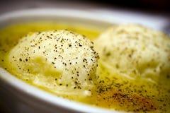 σούπα σφαιρών matzah Στοκ εικόνες με δικαίωμα ελεύθερης χρήσης