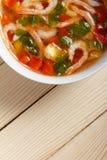 Σούπα των φρέσκων λαχανικών με τις γαρίδες Στοκ εικόνα με δικαίωμα ελεύθερης χρήσης