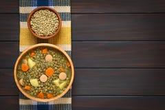 Σούπα φακών με το λουκάνικο Στοκ Εικόνες