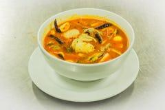 Σούπα χλόης γαρίδων και λεμονιών με τα μανιτάρια Στοκ Εικόνες