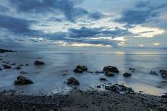 Σούρουπο σε Άγιος-LEU στο νησί Λα Réunion Στοκ φωτογραφία με δικαίωμα ελεύθερης χρήσης
