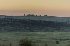 Σούρουπο σε ένα ανατολικό ελεύθερο κρατικό τοπίο στη Νότια Αφρική Στοκ εικόνες με δικαίωμα ελεύθερης χρήσης