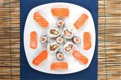 σούσια πιάτων Στοκ εικόνες με δικαίωμα ελεύθερης χρήσης