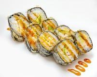 Σούσια, ρόλος, ιαπωνικά σούσια θαλασσινών, ρόλος σε ένα άσπρο υπόβαθρο Στοκ φωτογραφία με δικαίωμα ελεύθερης χρήσης