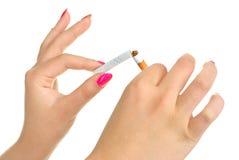 σπάζοντας γυναίκα τσιγάρ&ome Στοκ Εικόνα