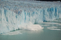 σπάζοντας πάγος Στοκ Φωτογραφία