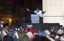 Σπάικ Λι Sanders της Bernie στη συνάθροιση στο τετραγωνικό πάρκο της Ουάσιγκτον, NYC στοκ εικόνα