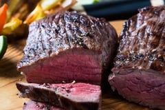 Σπάνιο κόντρα φιλέτο βόειου κρέατος ψητού Στοκ Εικόνα