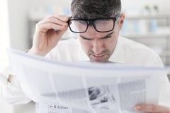 σπάσιμο κάθε πιό πρόσφατης αναπροσαρμογής ειδήσεων Στοκ Εικόνες