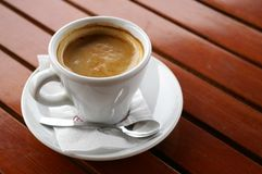 σπάστε τον καφέ στοκ φωτογραφίες