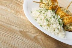 Σπάδικες καλαμποκιού που μαγειρεύονται σε μια σχάρα Στοκ φωτογραφίες με δικαίωμα ελεύθερης χρήσης