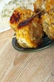 Σπάδικες καλαμποκιού που μαγειρεύονται σε μια σχάρα Στοκ Φωτογραφίες