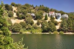 σπίτια βουνοπλαγιών Στοκ εικόνες με δικαίωμα ελεύθερης χρήσης