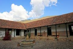 Σπίτια και οδός, Villa de Leyva, Κολομβία Στοκ εικόνες με δικαίωμα ελεύθερης χρήσης