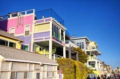 Σπίτια Καλιφόρνια της Σάντα Μόνικα Beachfront στοκ φωτογραφίες
