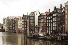 Σπίτια καναλιών του Άμστερνταμ Στοκ εικόνες με δικαίωμα ελεύθερης χρήσης