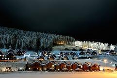Σπίτια που διακοσμούνται και αναμμένα για τα Χριστούγεννα Στοκ φωτογραφίες με δικαίωμα ελεύθερης χρήσης