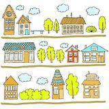 Σπίτια σε μια οδό Απεικόνιση ενός τοπίου πόλεων με townhouse, τα δέντρα, τον πάγκο και τα σύννεφα Ύφος Doodle Στοκ Εικόνες