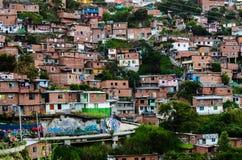 Σπίτια σε Medellin, Κολομβία στοκ εικόνα