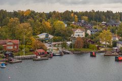 Σπίτια στο αρχιπέλαγος Stockholms Στοκ Φωτογραφίες