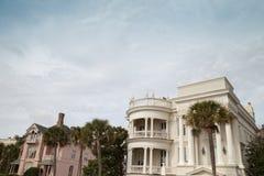 Σπίτια στο ιστορικό Τσάρλεστον, νότια Καρολίνα στοκ εικόνα