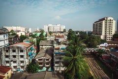 Σπίτια της Myanmar κατά τη διάρκεια της ημέρας Στοκ φωτογραφίες με δικαίωμα ελεύθερης χρήσης