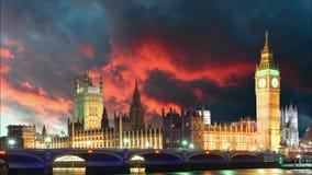 Σπίτια του Κοινοβουλίου - Big Ben, Λονδίνο, UK, χρονικό σφάλμα απόθεμα βίντεο
