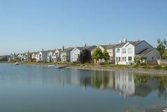 σπίτια canalside Στοκ φωτογραφία με δικαίωμα ελεύθερης χρήσης