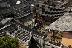 Σπίτια Lijiang παγκόσμιων πολιτισμικών κληρονομιών Στοκ Φωτογραφίες