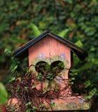 Σπίτι για τα πουλιά στοκ εικόνες