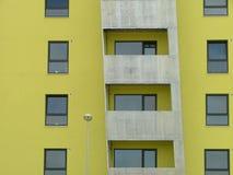σπίτι διαμερισμάτων σύγχρονο Στοκ φωτογραφία με δικαίωμα ελεύθερης χρήσης