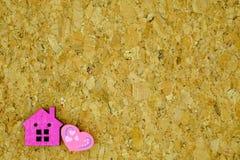 Σπίτι και καρδιά Στοκ εικόνα με δικαίωμα ελεύθερης χρήσης