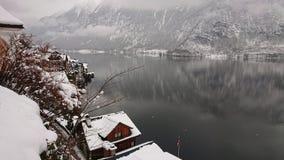 Σπίτι λιμνών το χειμώνα Στοκ φωτογραφίες με δικαίωμα ελεύθερης χρήσης